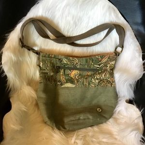 Sakroots fabric crossbody bag